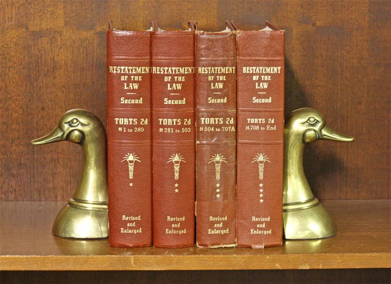 Restatement of the Law 2d Torts. 4 Vols. Sections 1-End. (4 books). American Law Institute.
