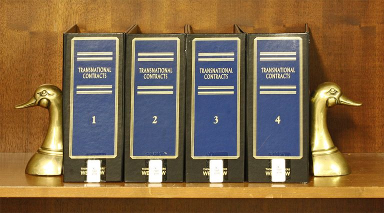 Transnational Contracts. 4 Vols. Thru Release #17-8 November 2017. George W. Thompson.