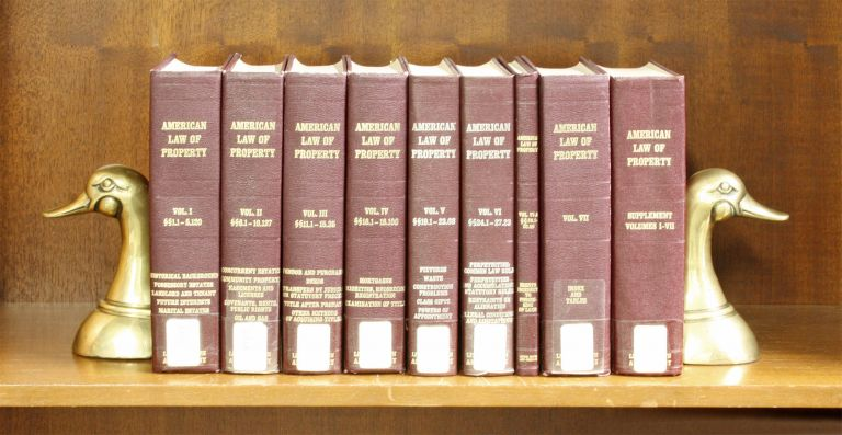 American Law of Property. Vols I-VII, wth 1976 bd supp., in 9 books. A. James Casner.
