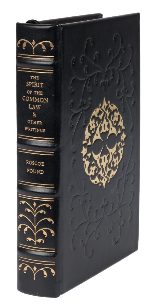 The Spirit of the Common Law and Other Writings. Roscoe Pound.