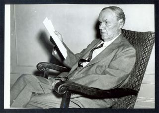 "6"" x 8-3/4"" Black-and-White Press Photograph of Darrow Seated. Clarence Darrow."