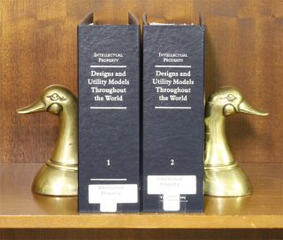 Designs and Utility Models Throughout the World. 2 Vols. Rel 32/2015. Thomson West.