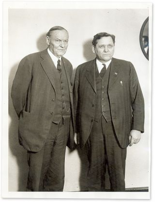 "6"" x 8"" Black-and-White Press Portrait Photograph of Darrow and. Clarence Darrow."