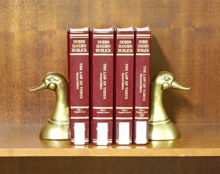 Dobbs' Law of Torts, 2d (Practitioner Treatise Series) 4 Vols. w/2018. Dan B. Dobbs, Paul T....